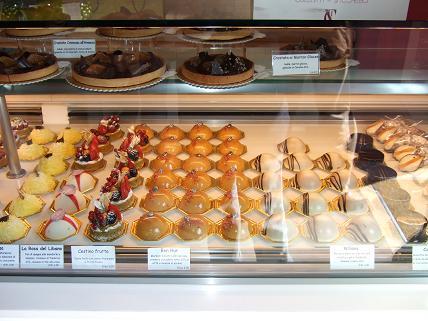 Mmmm...cakes...