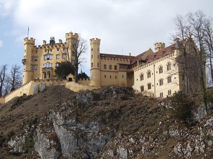 This is Hohenschwangau Castle nearby, which you can also visit (we didn't)